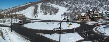 Picture of Deer Valley Drive roundabout in Deer Valley Utah