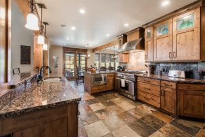 Kitchen_high_2372485